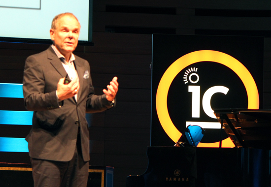Author Don Tapscott saying access to big data is changing the way the millenial generation learns.