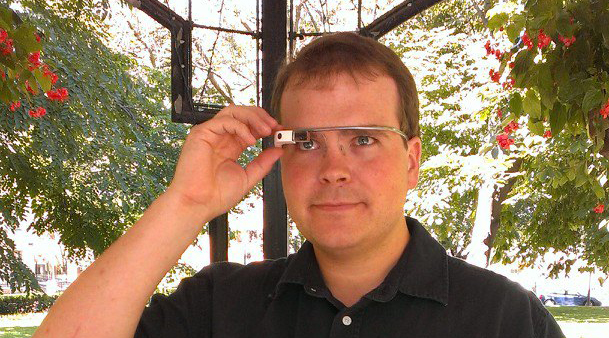 ITBusiness.ca editor Brian Jackson using Google Glass.