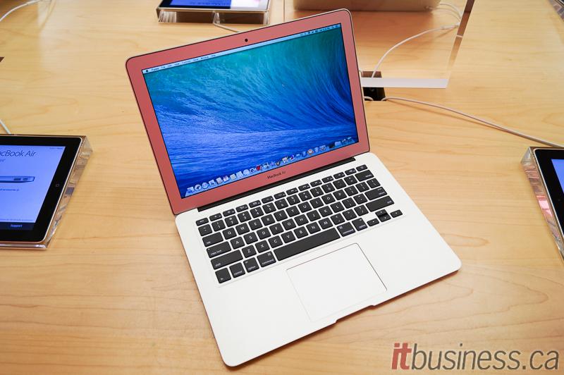 Apple_MacBook_Air_2014-2