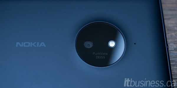 Lumia_830-10