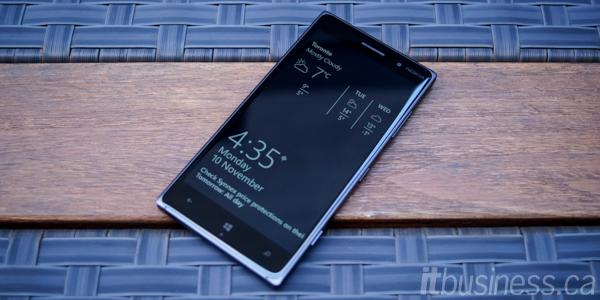 Lumia_830-6