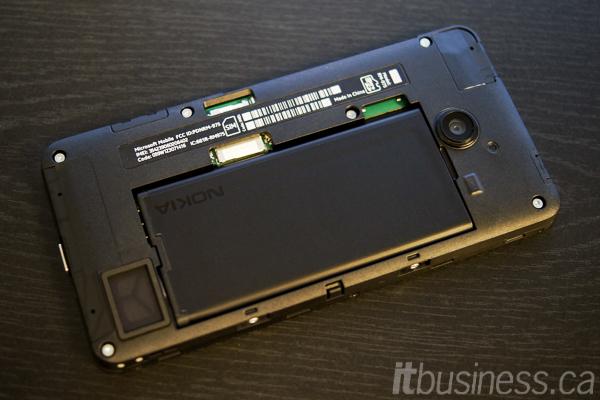 Lumia_635_inside-1