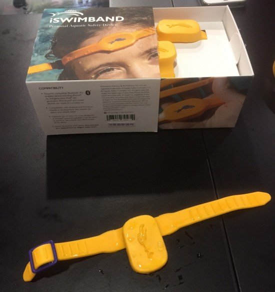 iSwimBand at CES