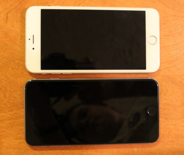 iPhone 6S compared with iPhone 6 - front