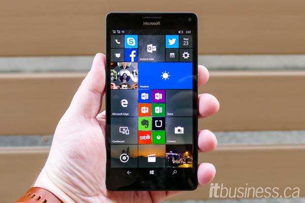 Microsoft Lumia 950XL-3