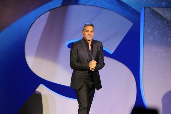 Clooney Adobe