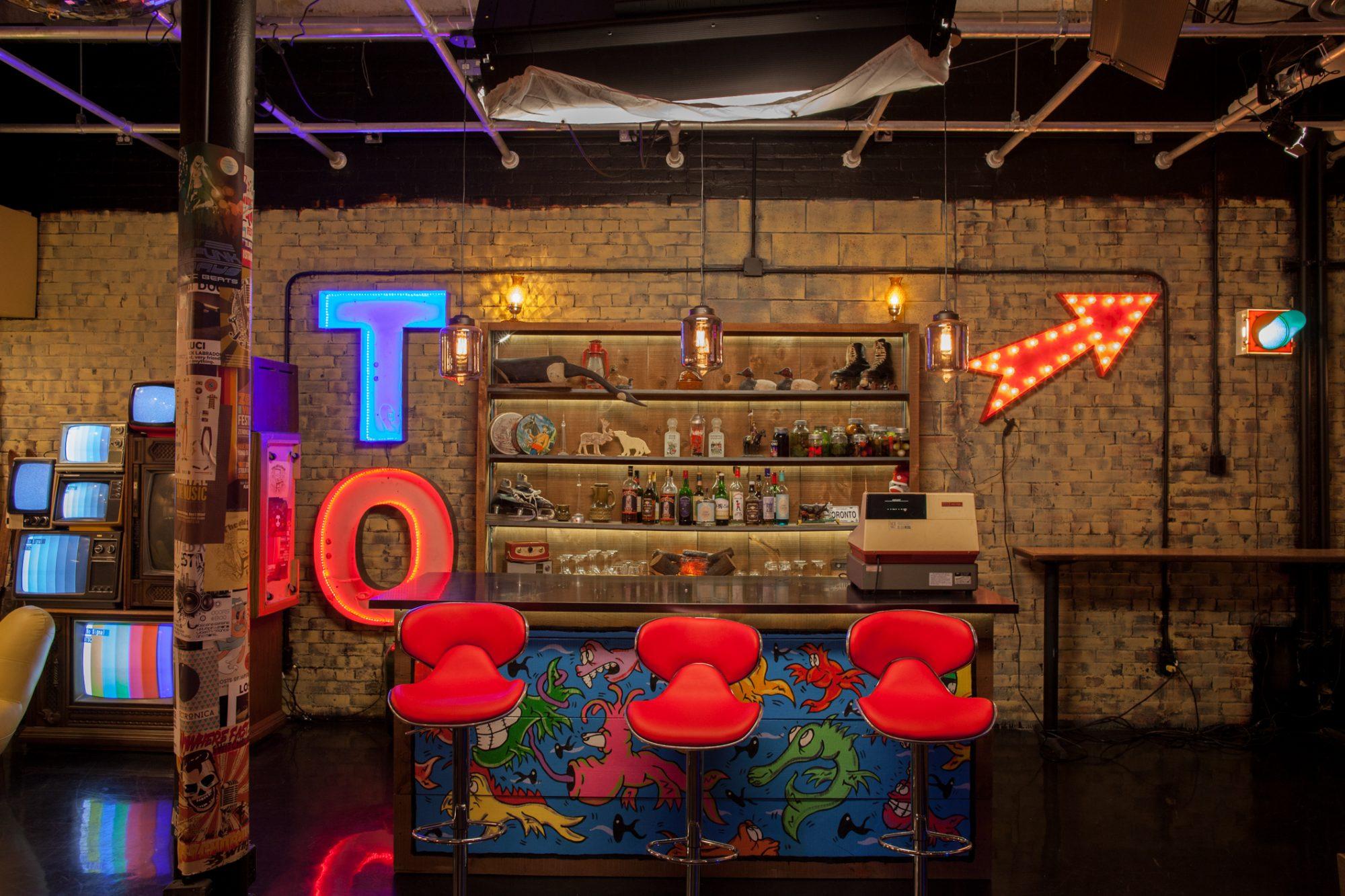YouTube Space Toronto - Studio 1 Toronto set bar