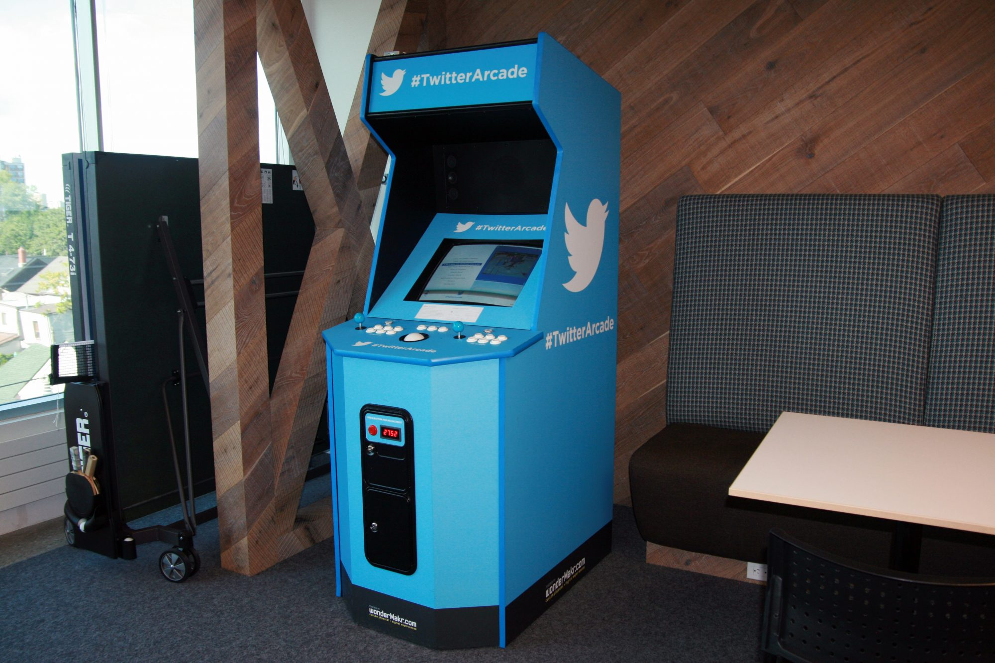 Twitter office slideshow 6