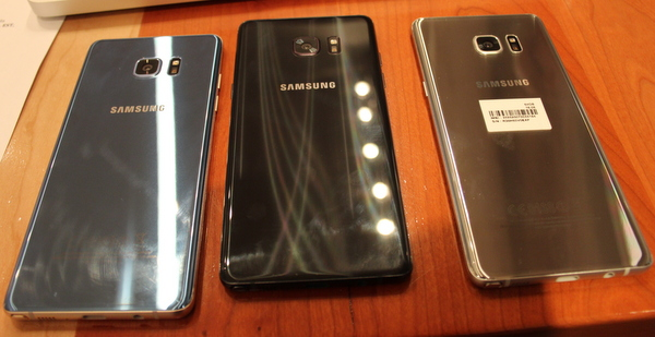 The Galaxy Note 7 will be available in three colours in Canada. There are fancy names, but basically its bllue, black or silver.