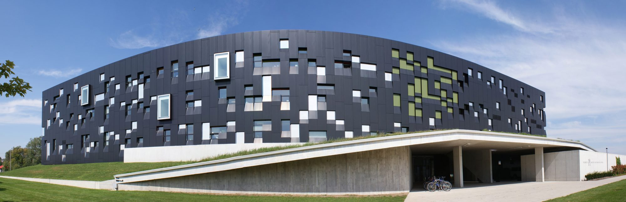 Perimeter_Institute_Pano_edit2