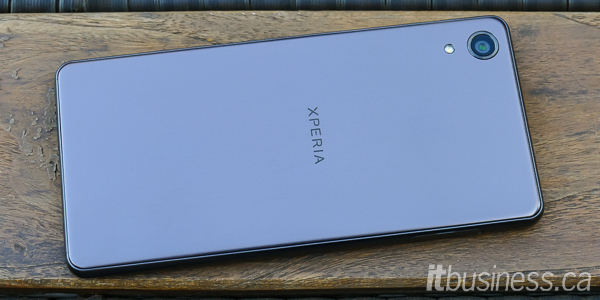 Sony Xperia X Performance-1