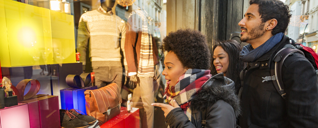 Shoppers want their tech, but with more human interaction